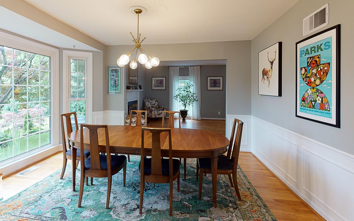 5589-Wayside-Ave-Dining-Room
